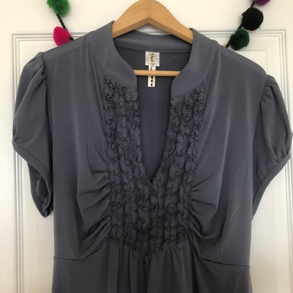 Heartsoul Tops Charcoal Gray Blouse With Cute Ruffle Front Poshmark